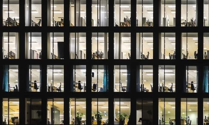 Los empleados públicos podrán hacer uso de la bolsa de horas desde hoyhttps://www.eleconomista.es/economia/noticias/9733398/03/19/Los-empleados-publicos-podran-hacer-uso-de-la-bolsa-de-horas-desde-hoy.html